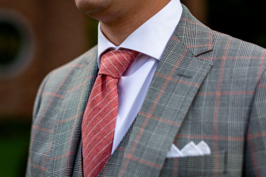 noeud de cravate double tutoriel